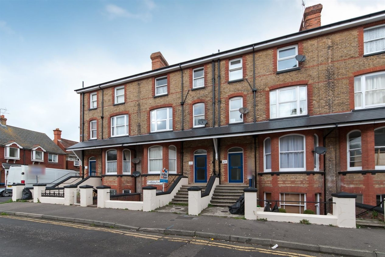 Properties Sold Subject To Contract in Ethelbert Square