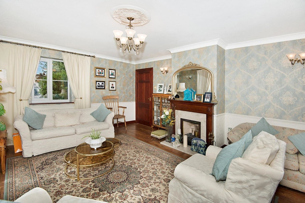 Properties Sold Subject To Contract in Field Way