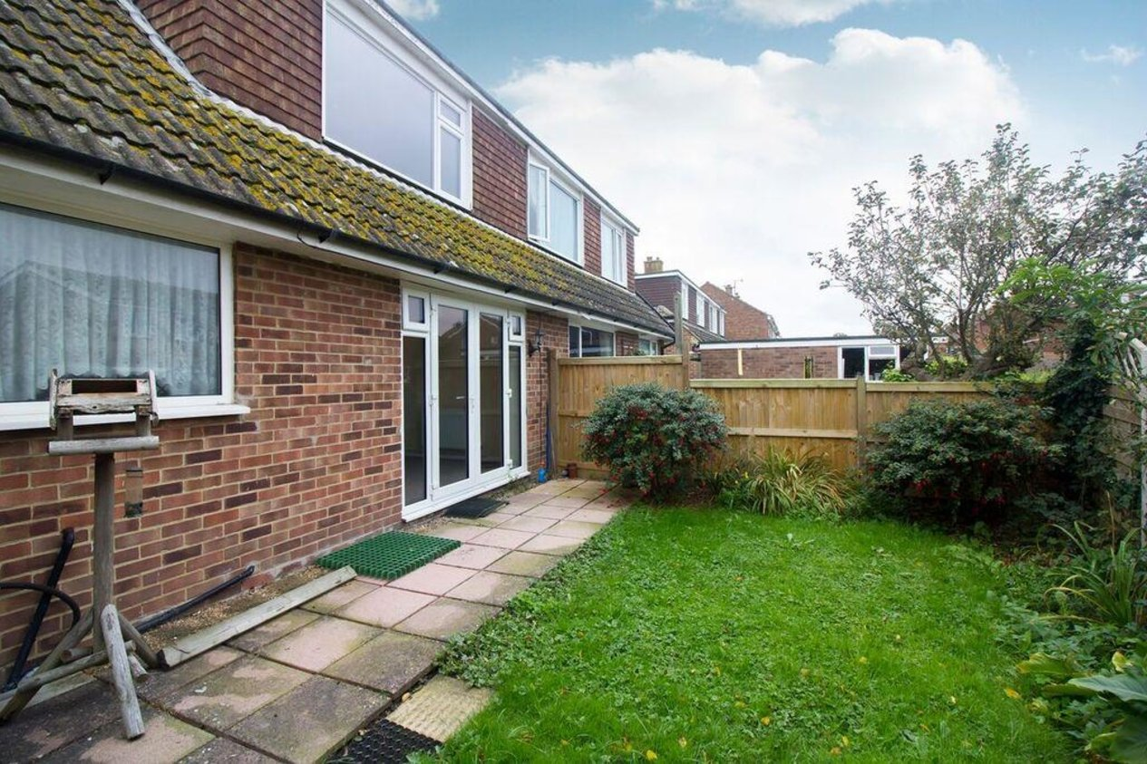 Properties For Sale in Firs Close