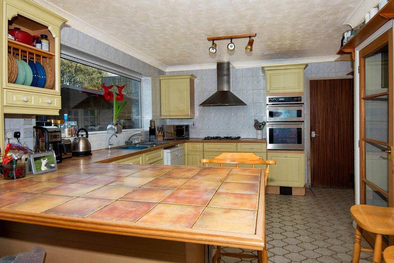 Properties For Sale in Fitzroy Avenue