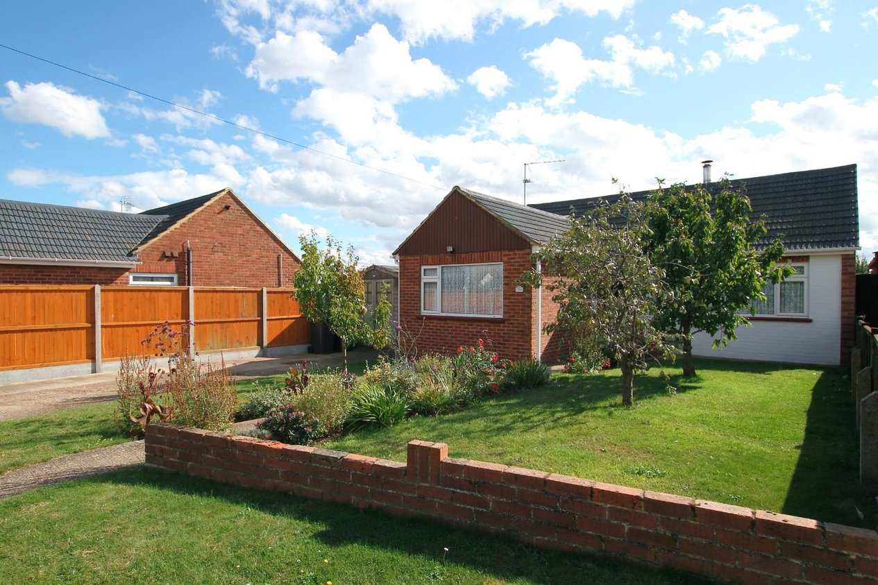 Properties For Sale in Ford Close Studd Hill
