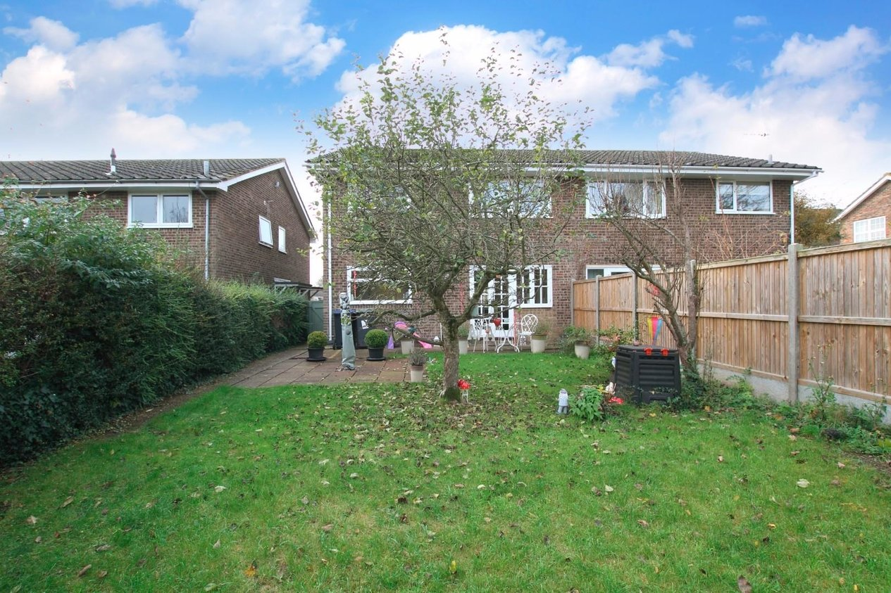 Properties Sold Subject To Contract in Foxdown Close