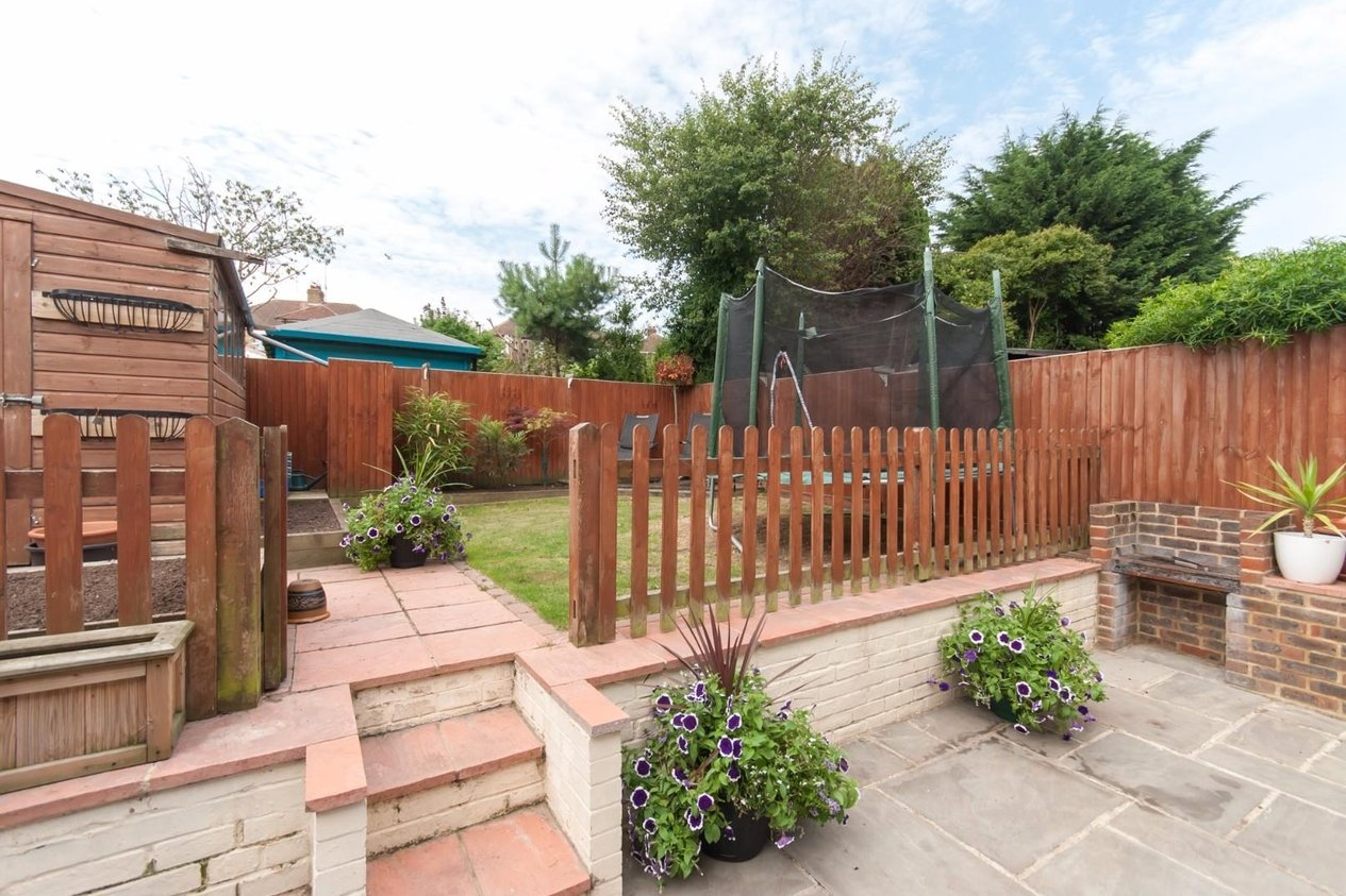 Properties Sold Subject To Contract in Freemens Way