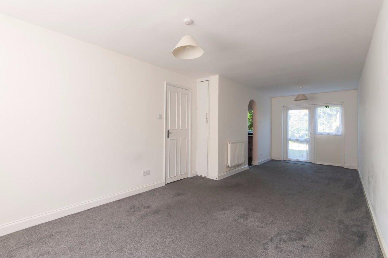 Properties For Sale in Friends Avenue