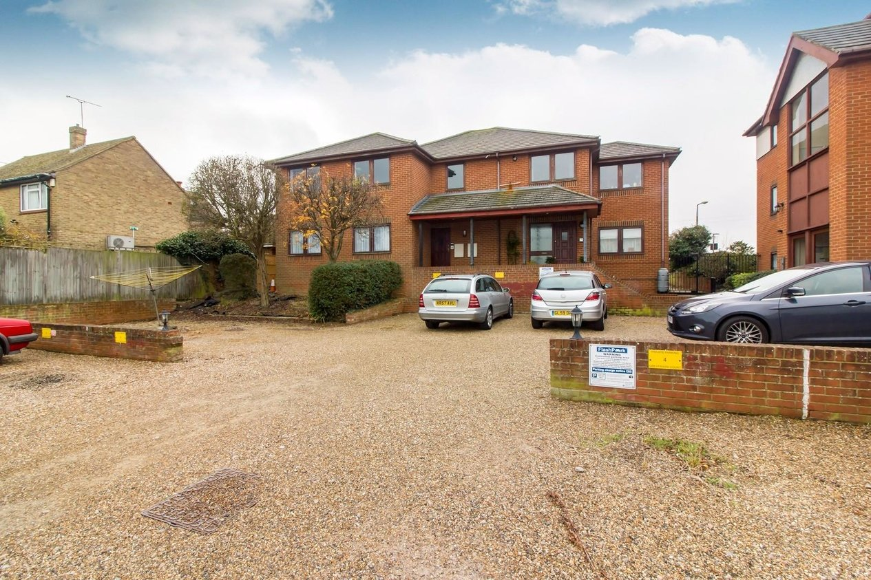 Properties Sold Subject To Contract in George Hill Road