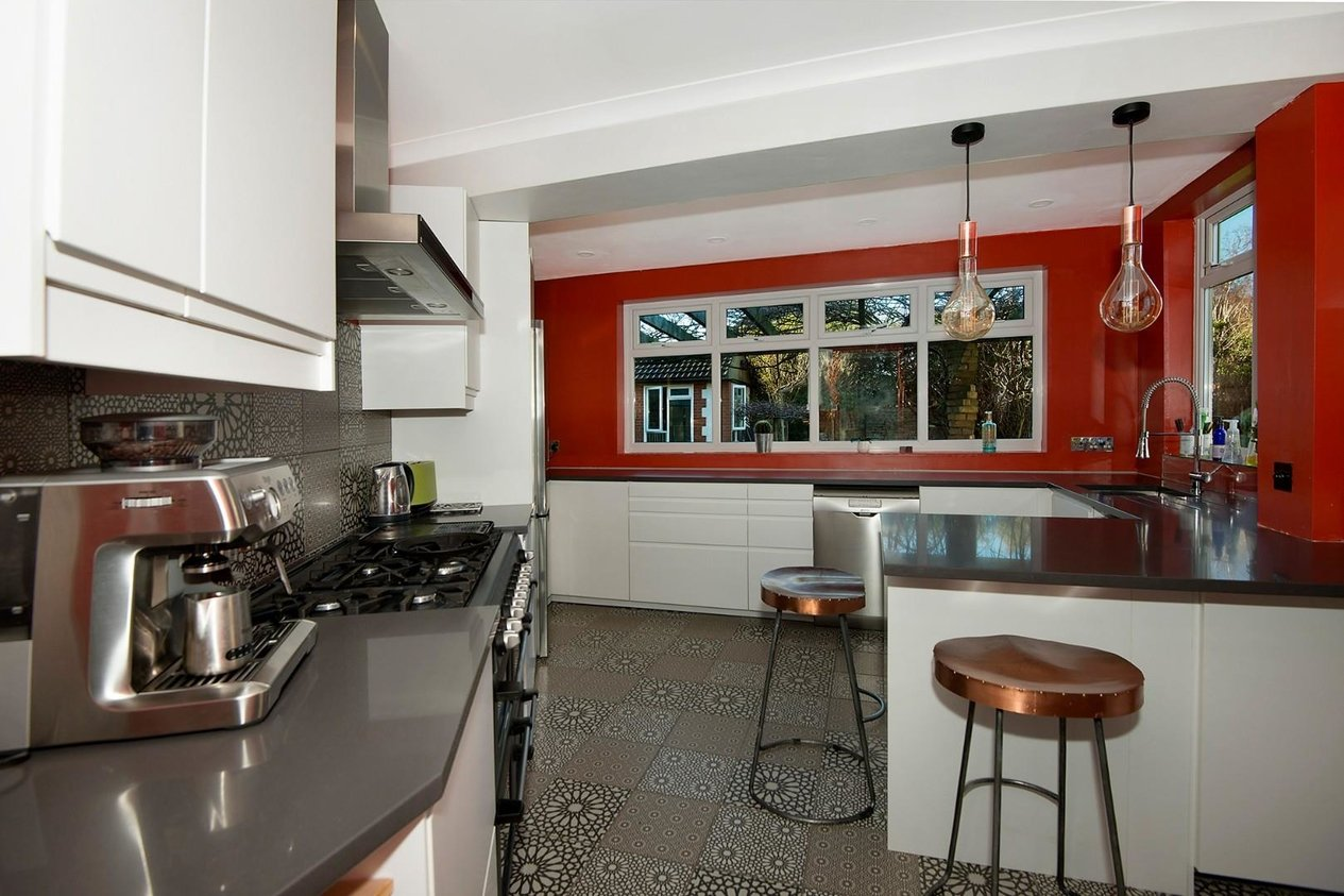 Properties For Sale in Gladstone Road