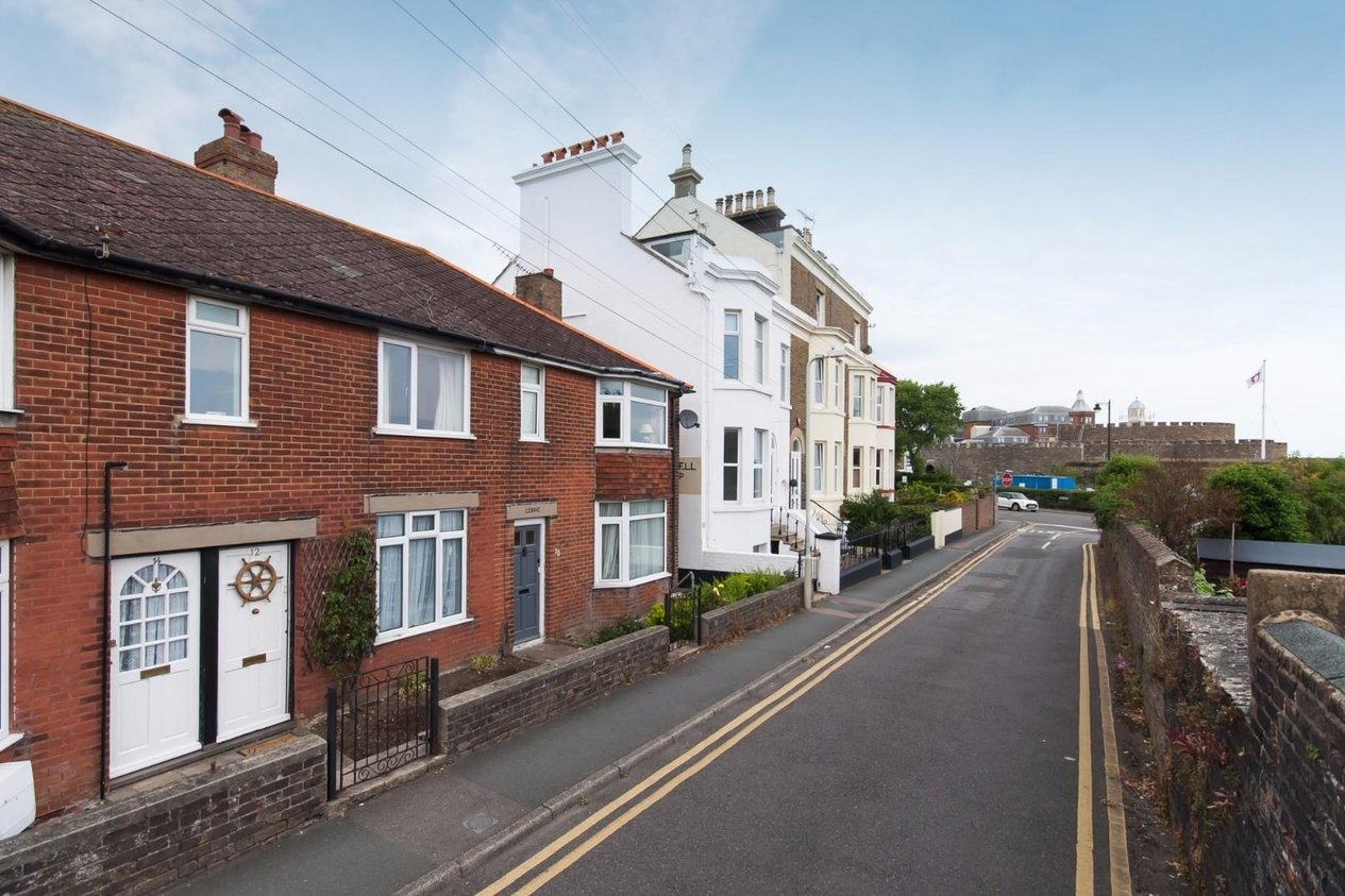 Properties For Sale in Gladstone Road Walmer