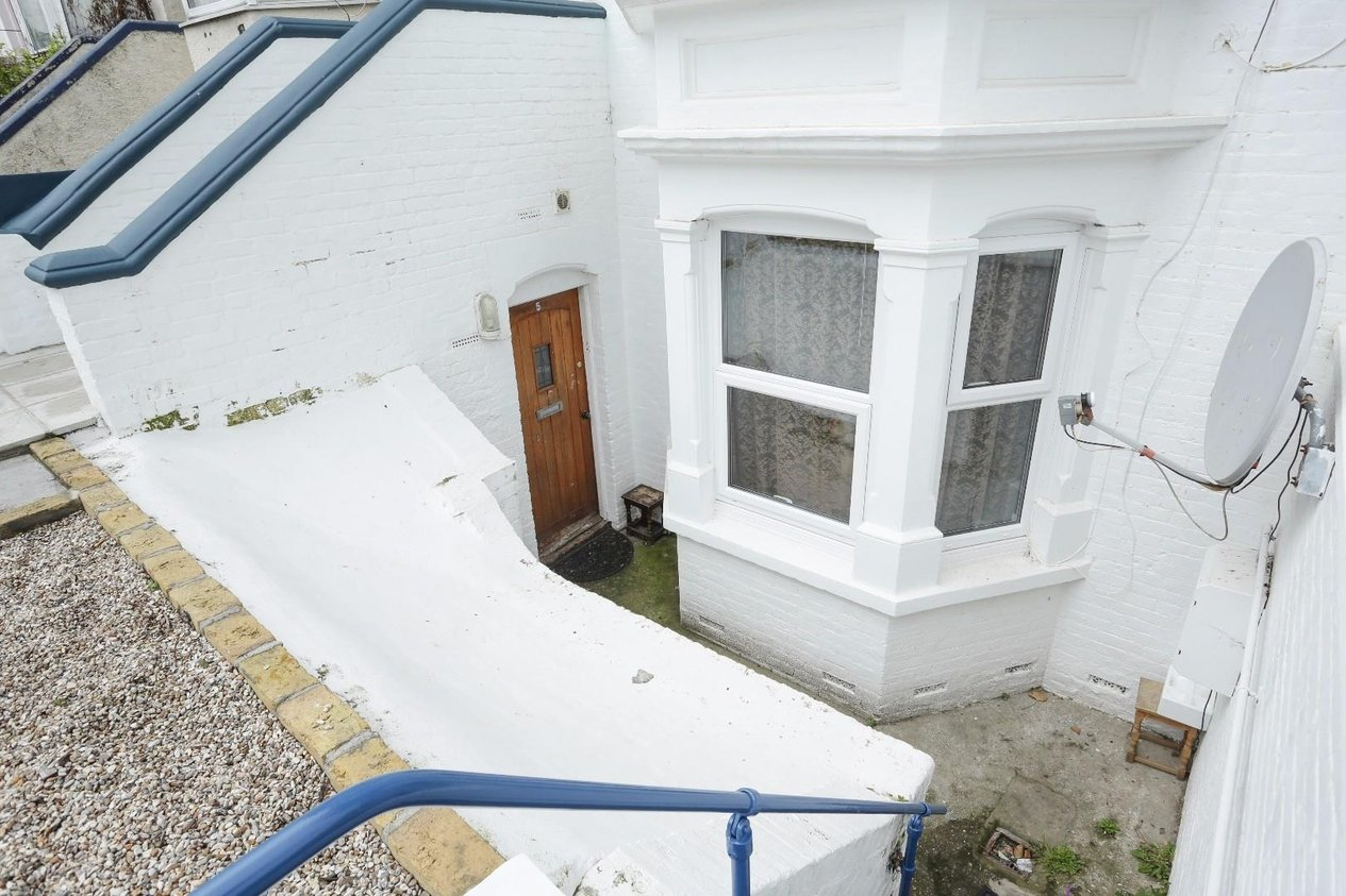 Properties Sold Subject To Contract in Godwin Road Cliftonville