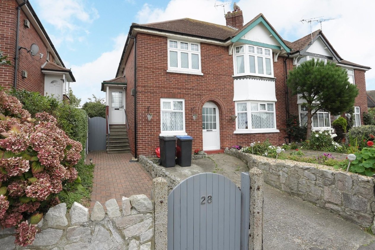 Properties Sold Subject To Contract in Goodwin Road