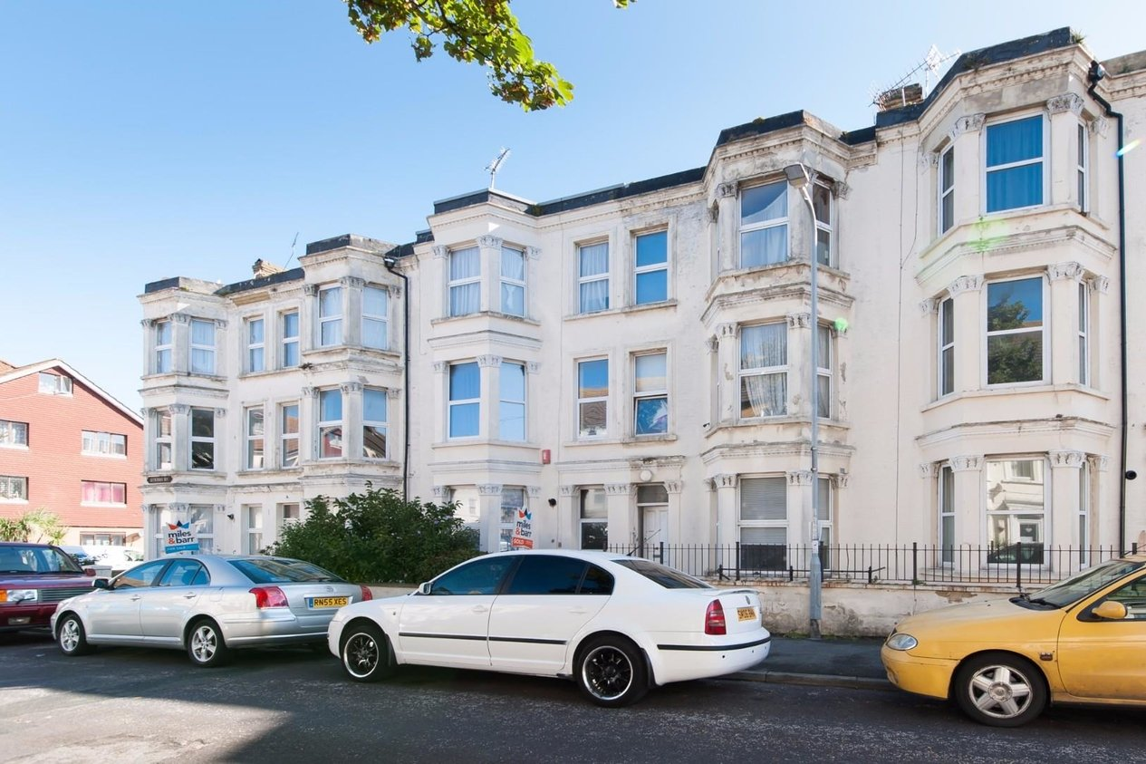 Properties For Sale in Gordon Road Cliftonville