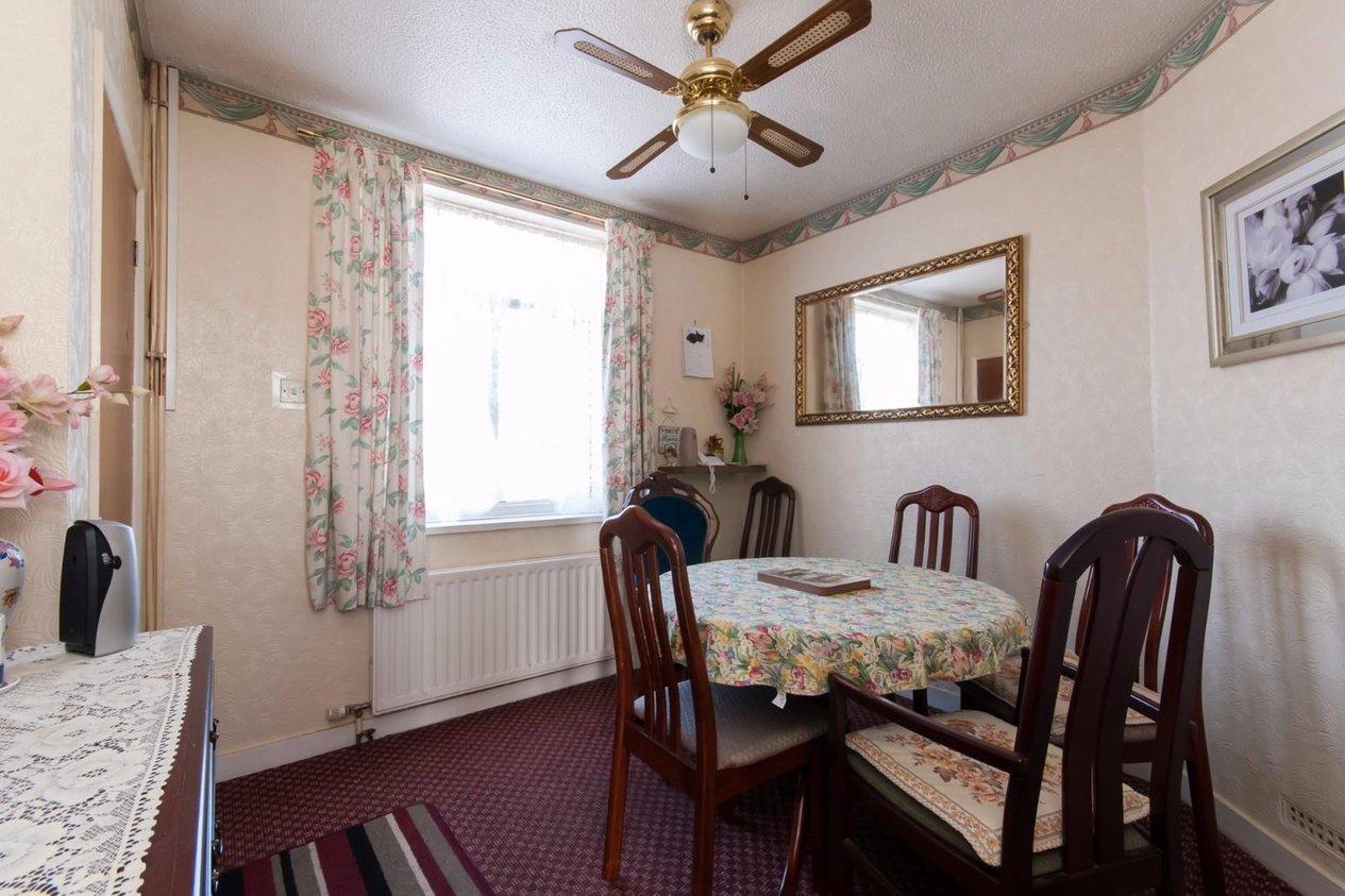 Properties For Sale in Gordon Square