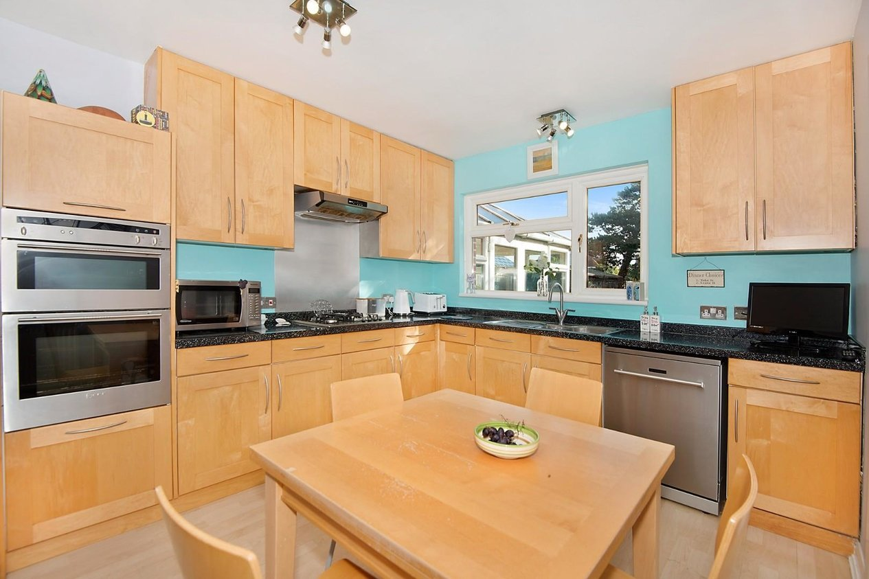 Properties Sold Subject To Contract in Gresham Avenue