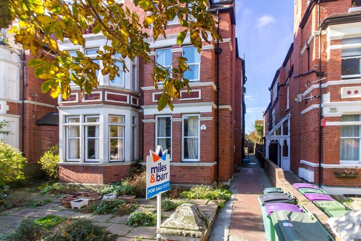 Properties Sold Subject To Contract in Grimston Avenue