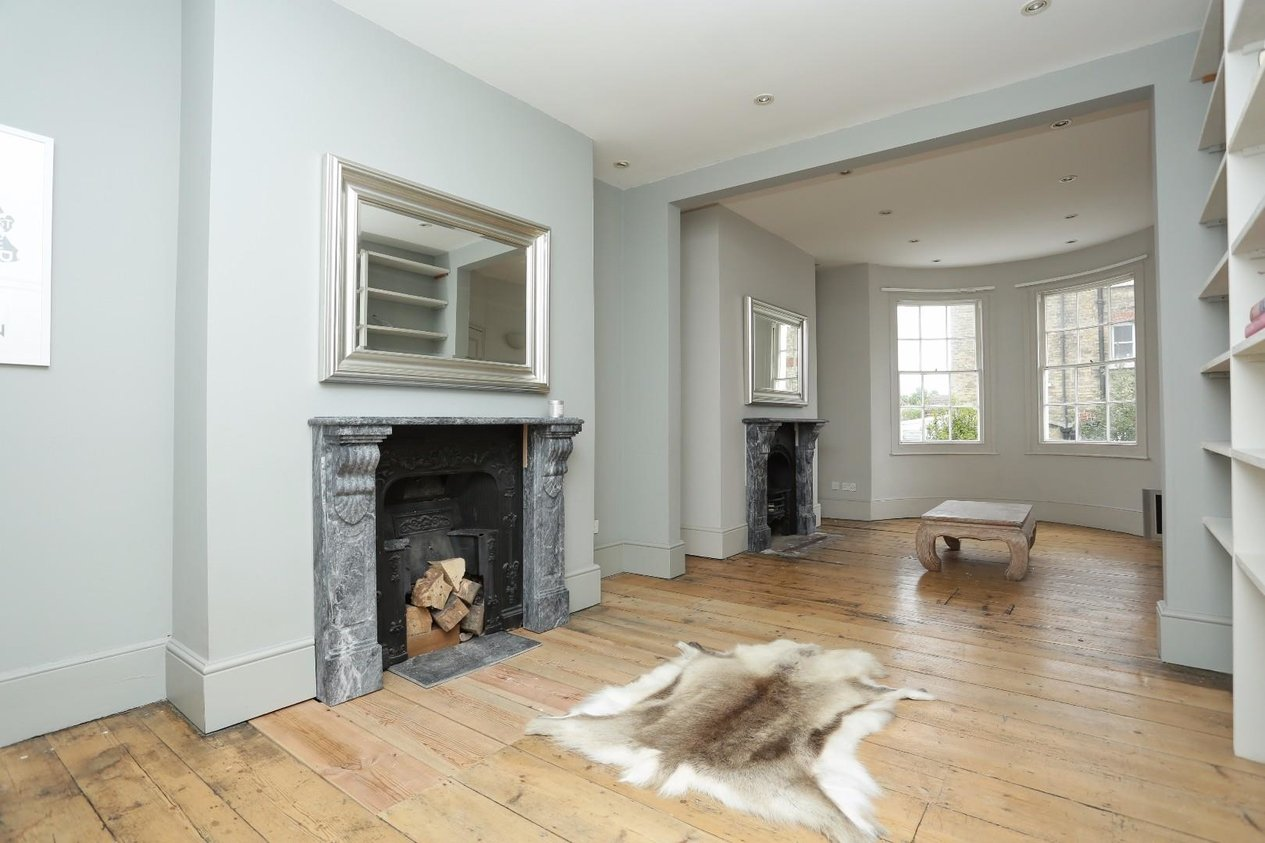Properties For Sale in Guildford Lawn