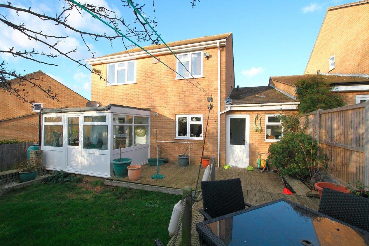 Properties For Sale in Hadleigh Gardens