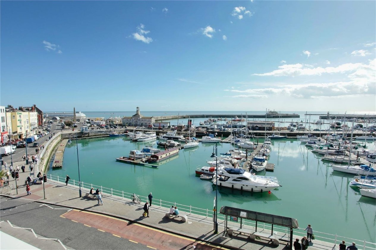Properties Sold Subject To Contract in Harbour Parade