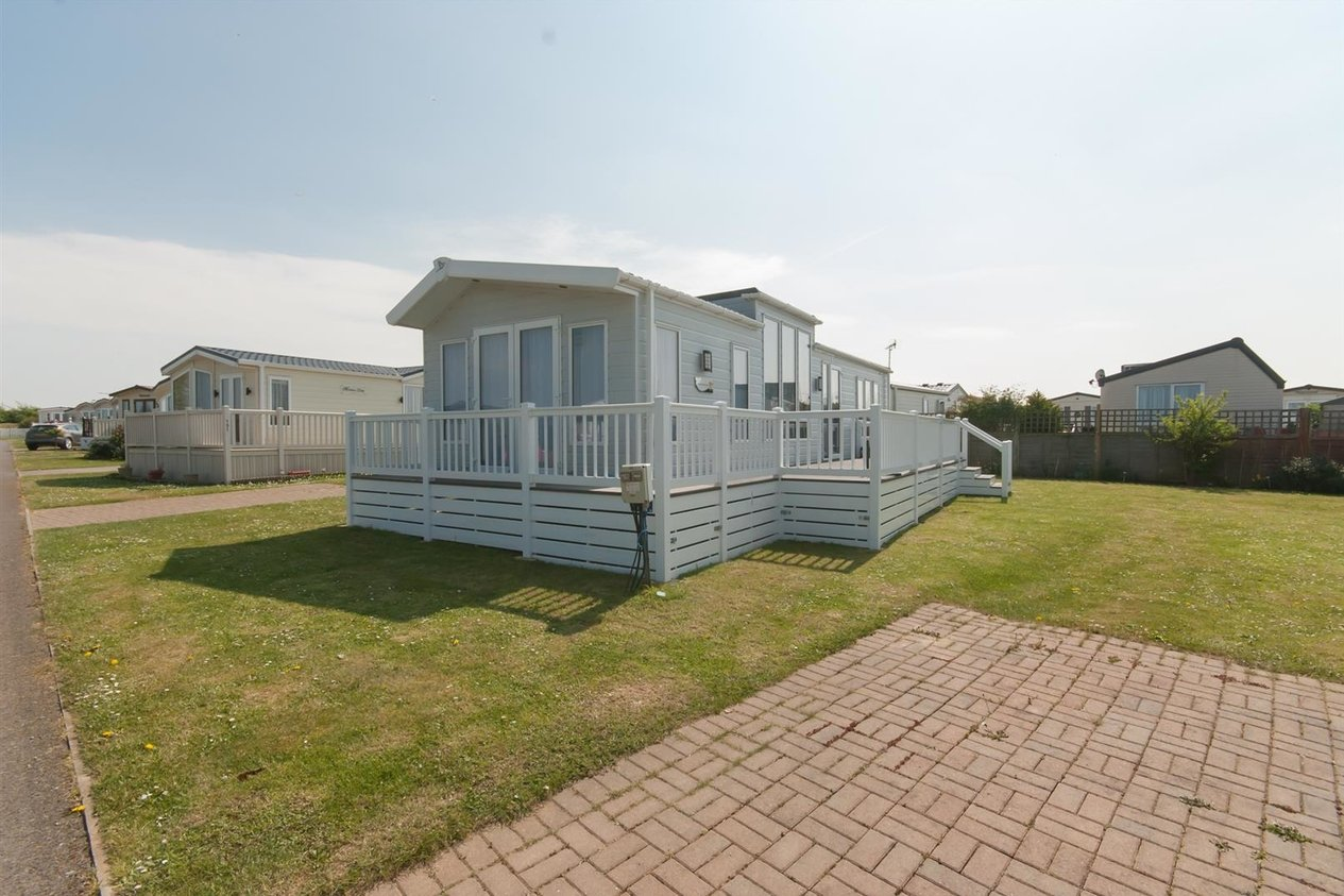 Properties For Sale in Hawthorns, Birchington Vale Shottendane Road
