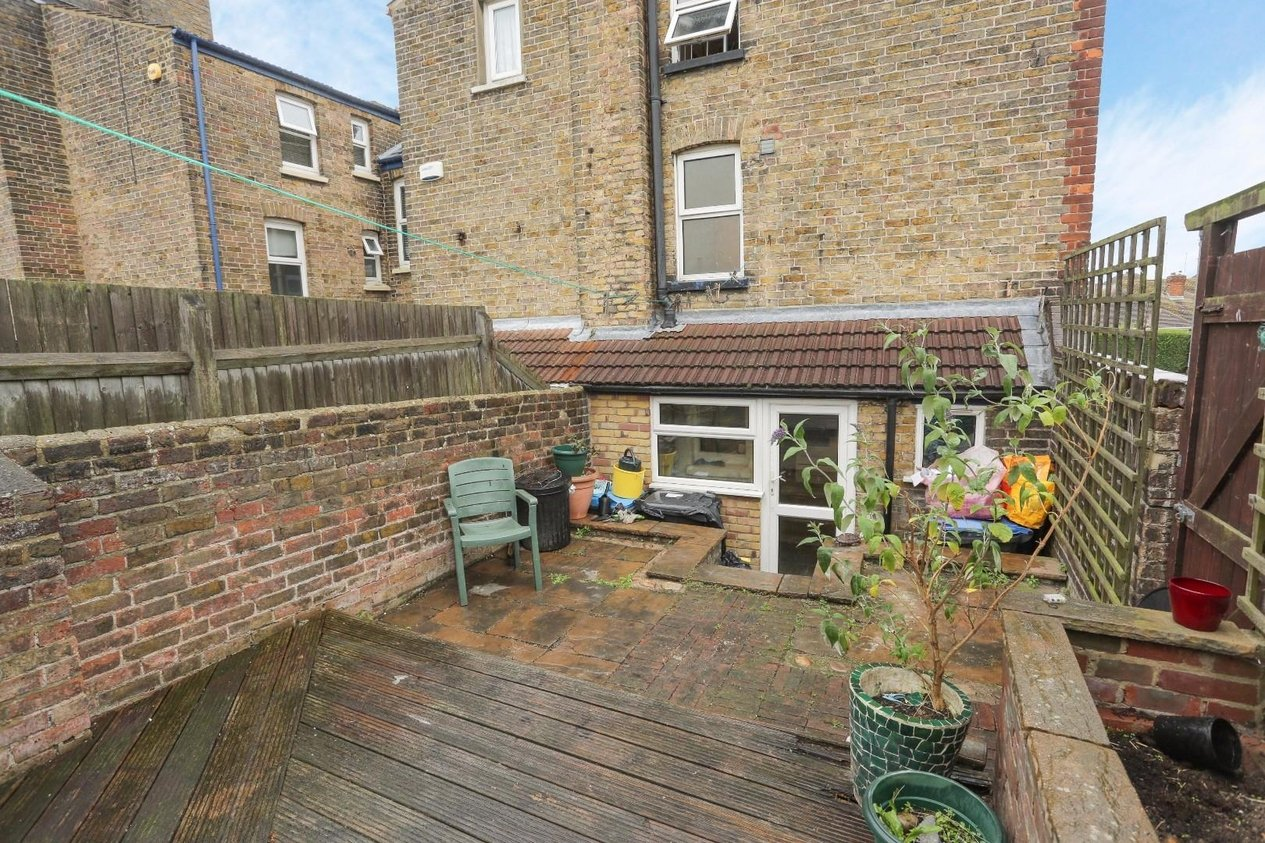 Properties Sold Subject To Contract in Hereson Road