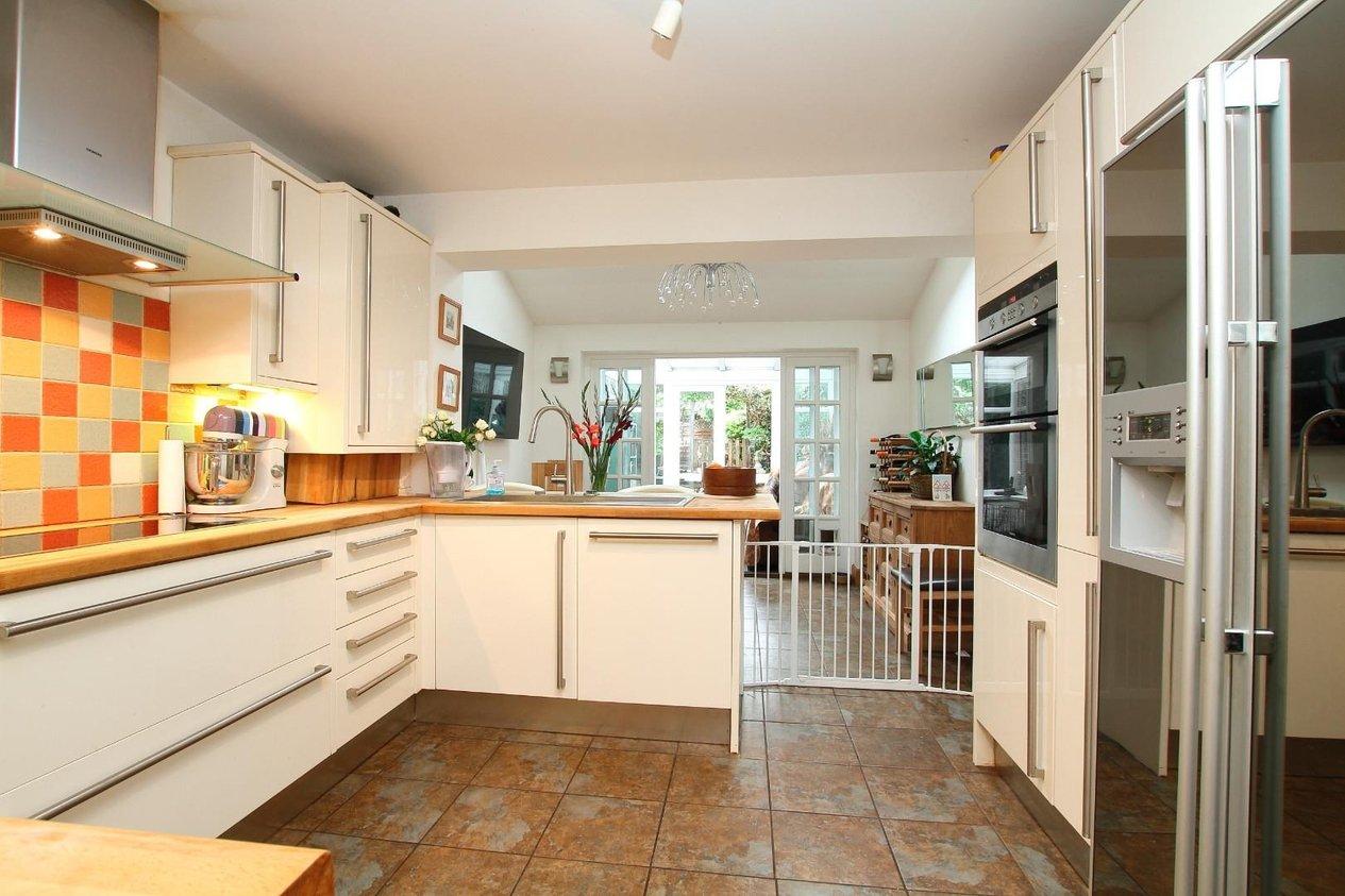 Properties For Sale in Herne Street