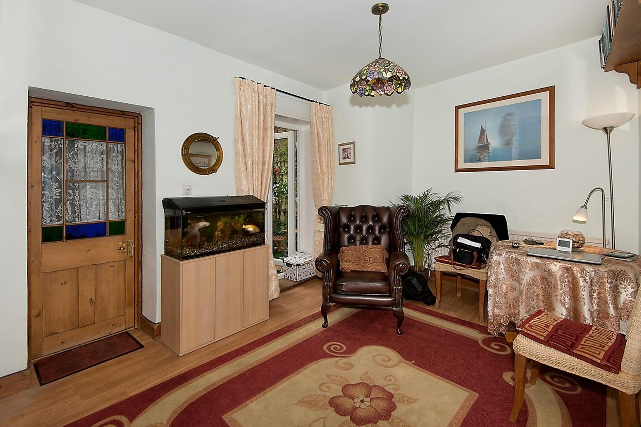 Properties For Sale in High Street