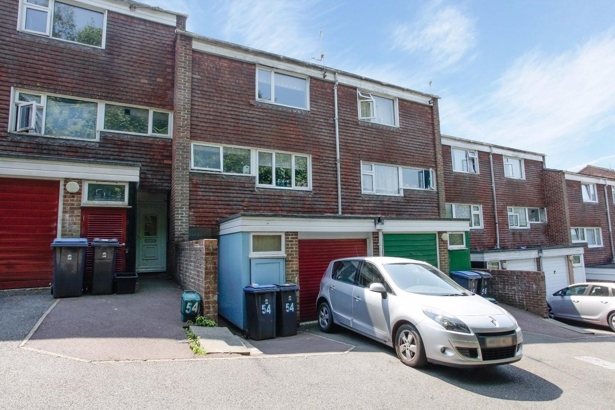 Properties Sold Subject To Contract in Hillside Road