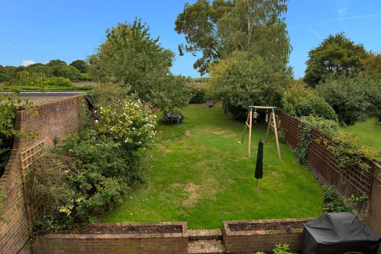 Properties For Sale in Hode Lane Bridge