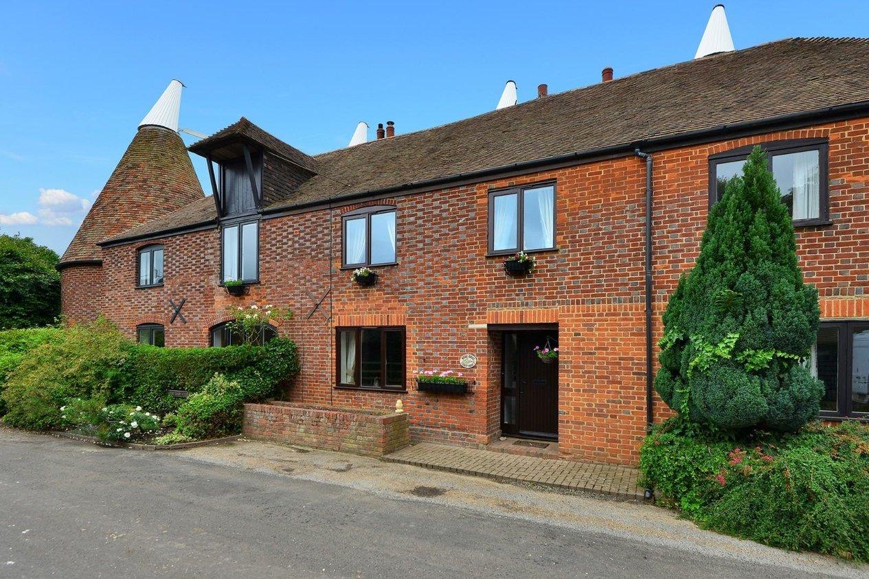 Properties For Sale in Hode Lane Bridge