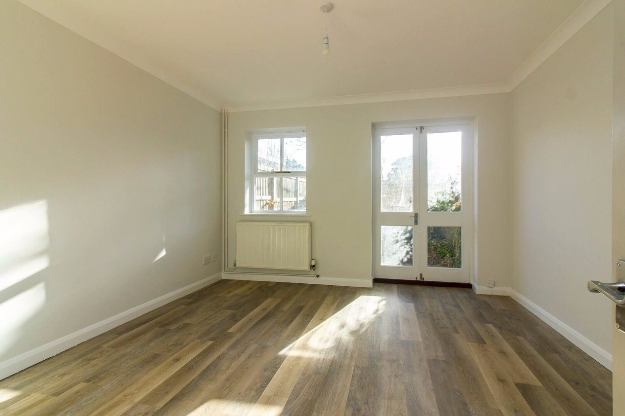 Properties For Sale in Ingles Road