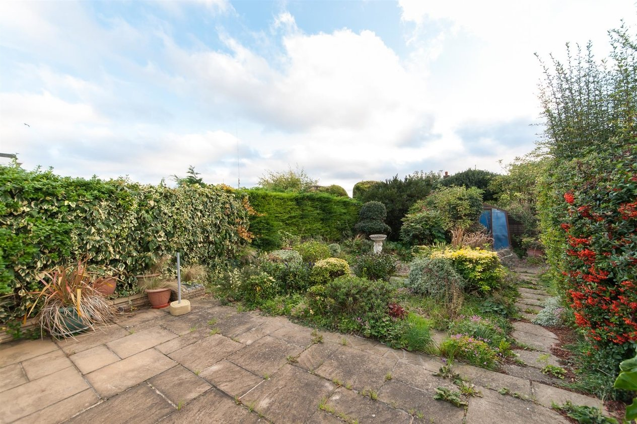 Properties For Sale in Kent Gardens