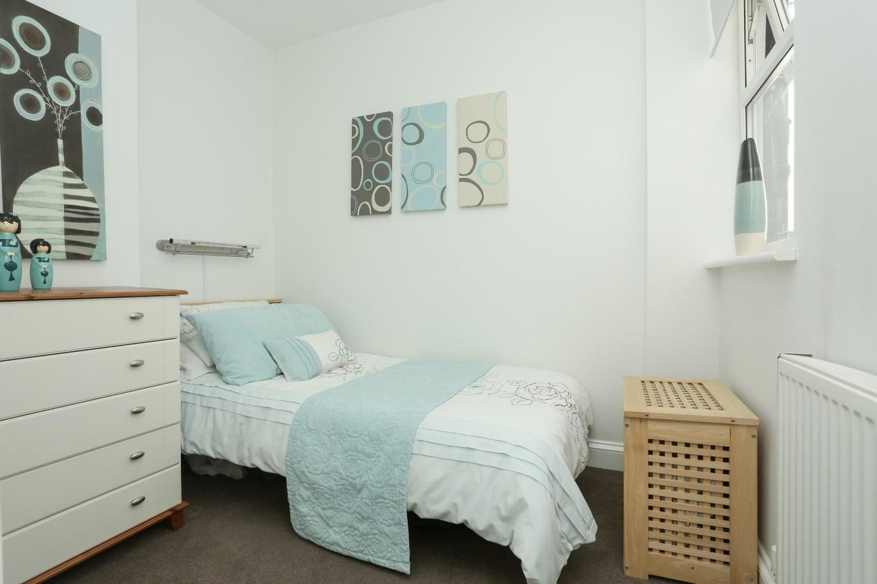 Properties For Sale in Kent Place