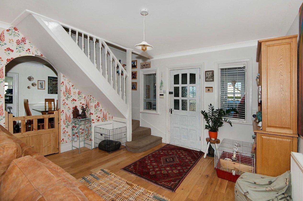 Properties For Sale in Kings Avenue