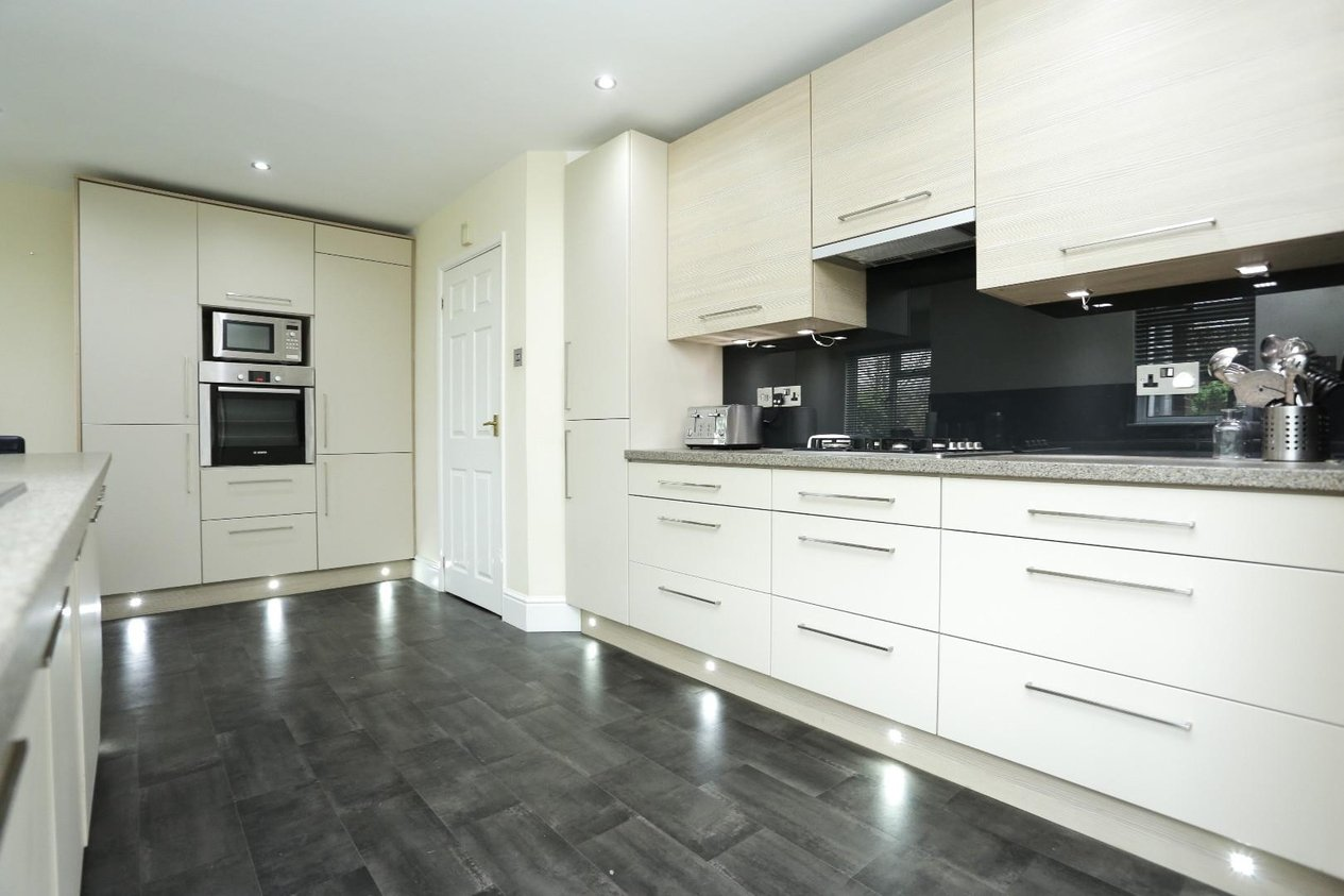 Properties Sold Subject To Contract in Kings Road