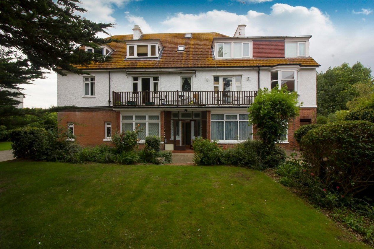 Properties Sold Subject To Contract in Kingsgate Avenue Kingsgate