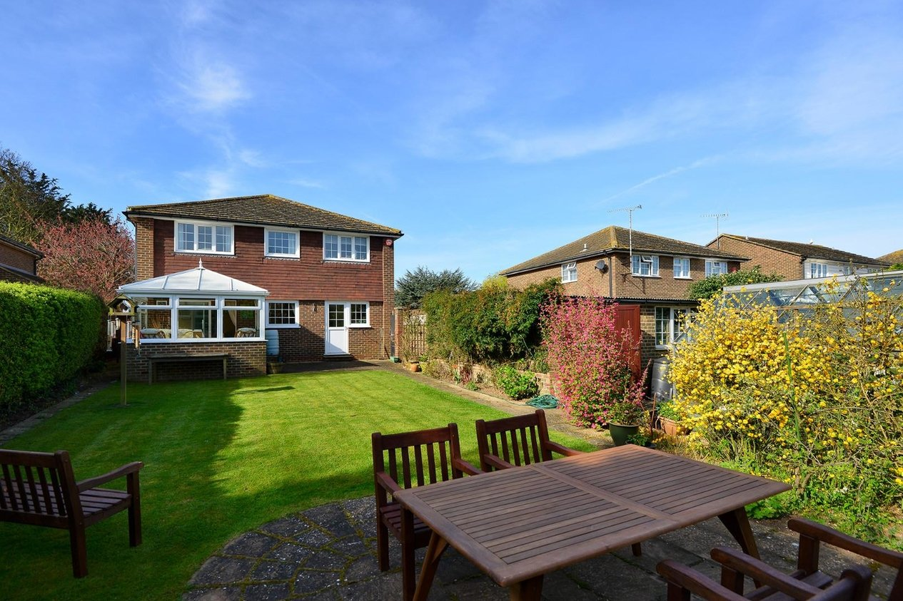 Properties Sold Subject To Contract in Lerryn Gardens