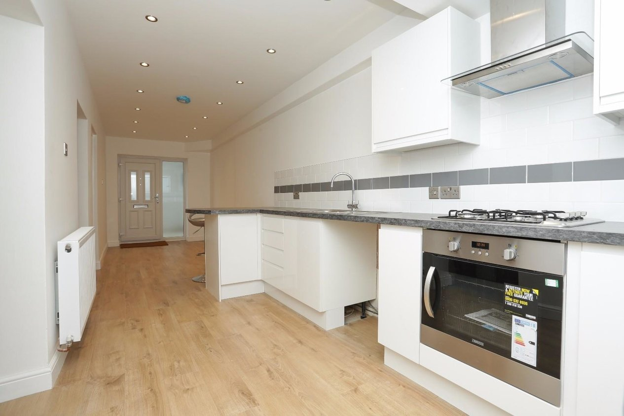 Properties For Sale in Lewis Crescent Cliftonville
