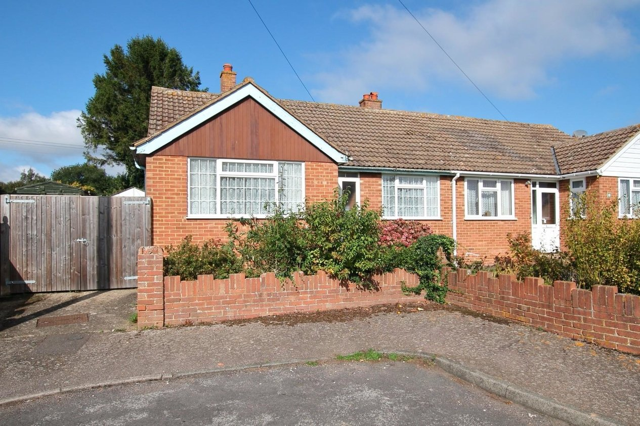 Properties For Sale in Rose Acre Road Littlebourne