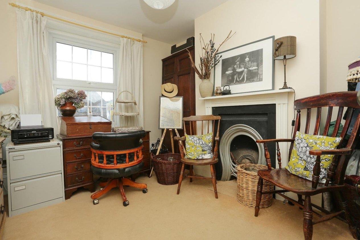 Properties For Sale in London Road