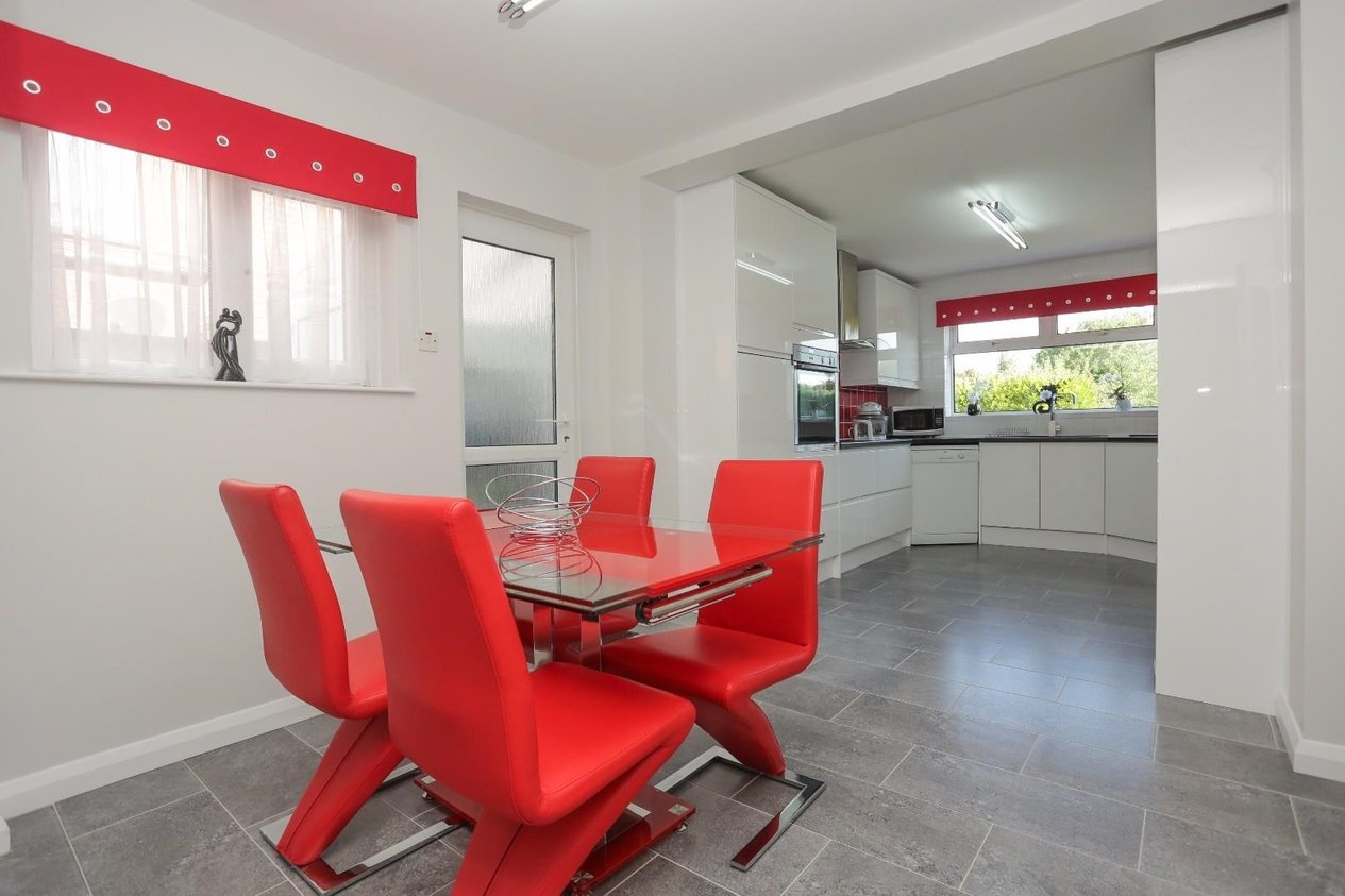 Properties Sold Subject To Contract in Lonsdale Avenue