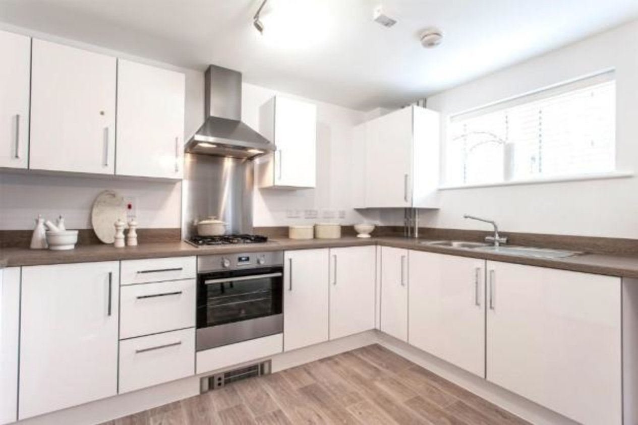 Properties For Sale in Lower Chantry Lane