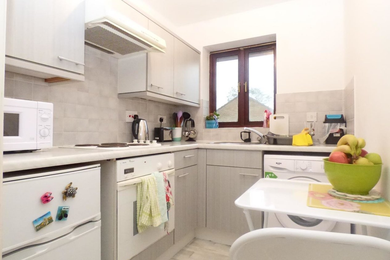 Properties For Sale in Maresfield Close