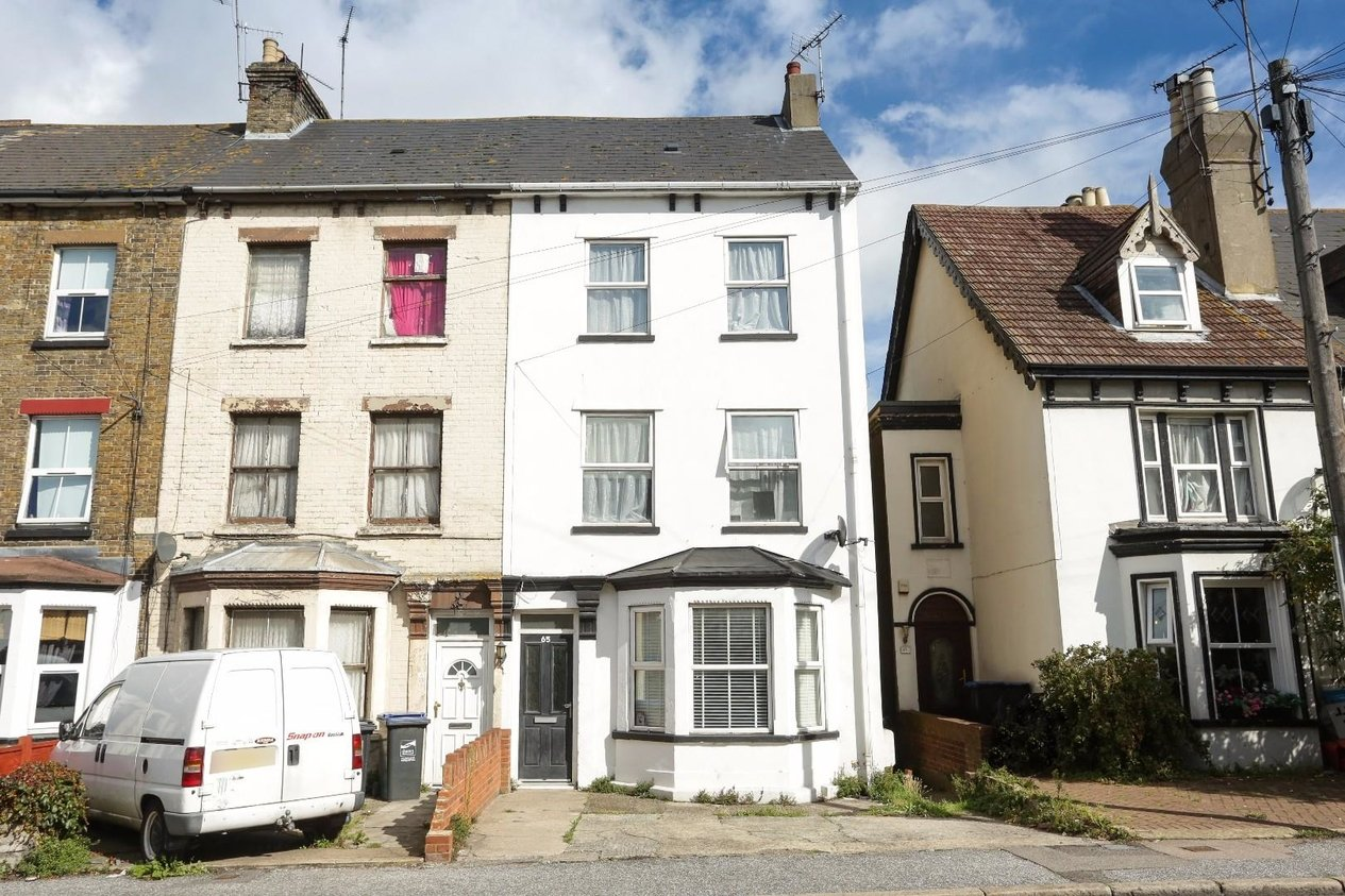 Properties For Sale in 65 Margate Road