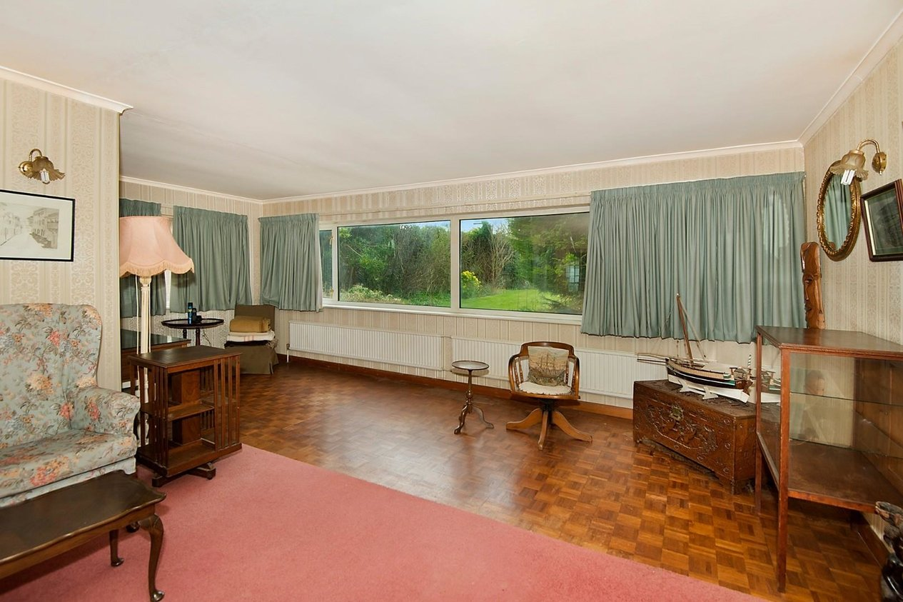 Properties Sold Subject To Contract in Marine Drive