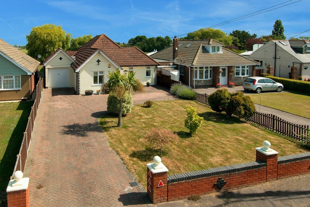 Properties For Sale in Maydowns Road Chestfield