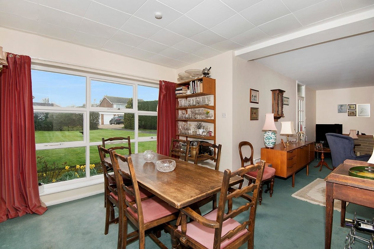Properties For Sale in Meadow Drive Chestfield
