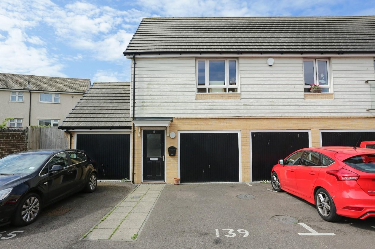 Properties Sold Subject To Contract in Meridian Close