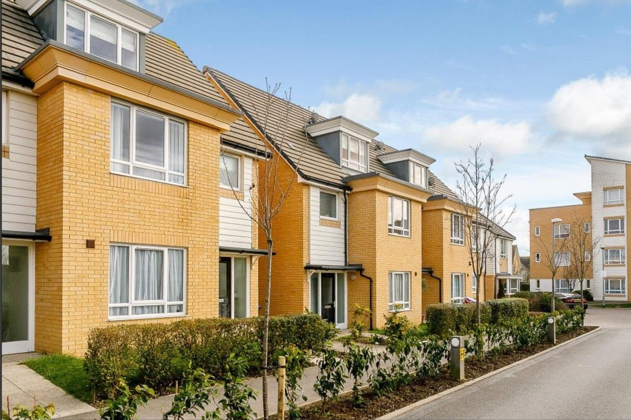 Properties For Sale in Meridian Close