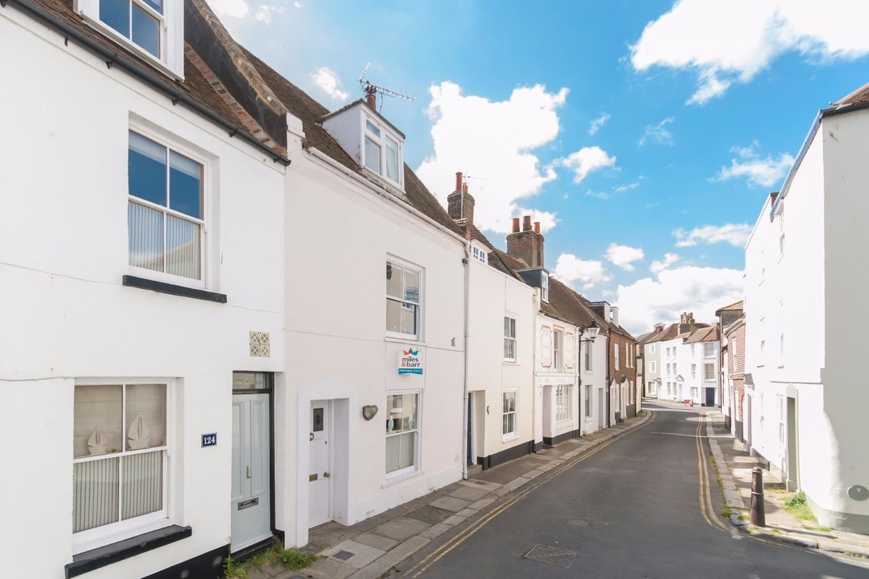Properties For Sale in Middle Street