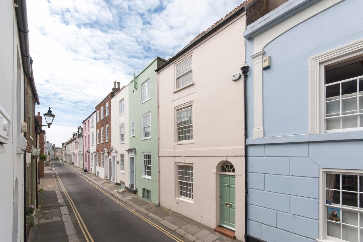 Properties Sold Subject To Contract in Middle Street