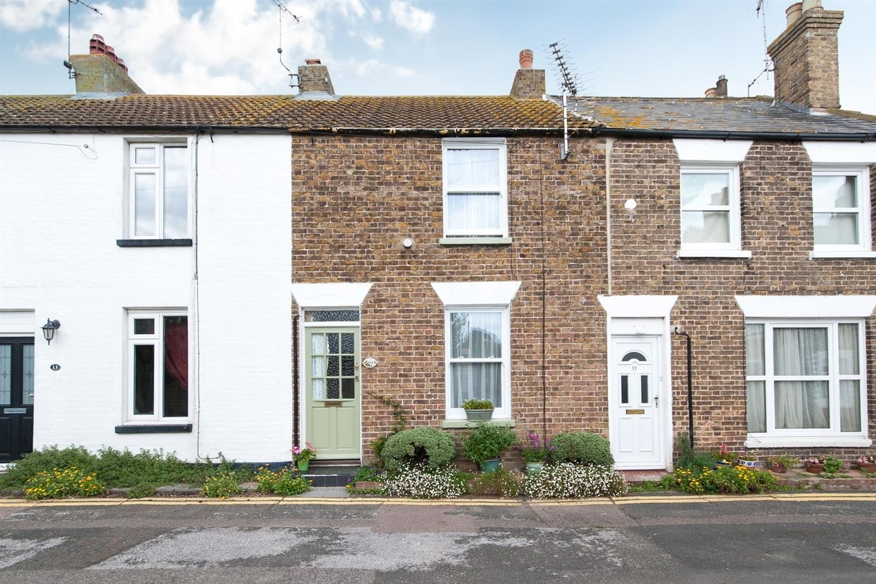 Properties Sold Subject To Contract in Mill Row