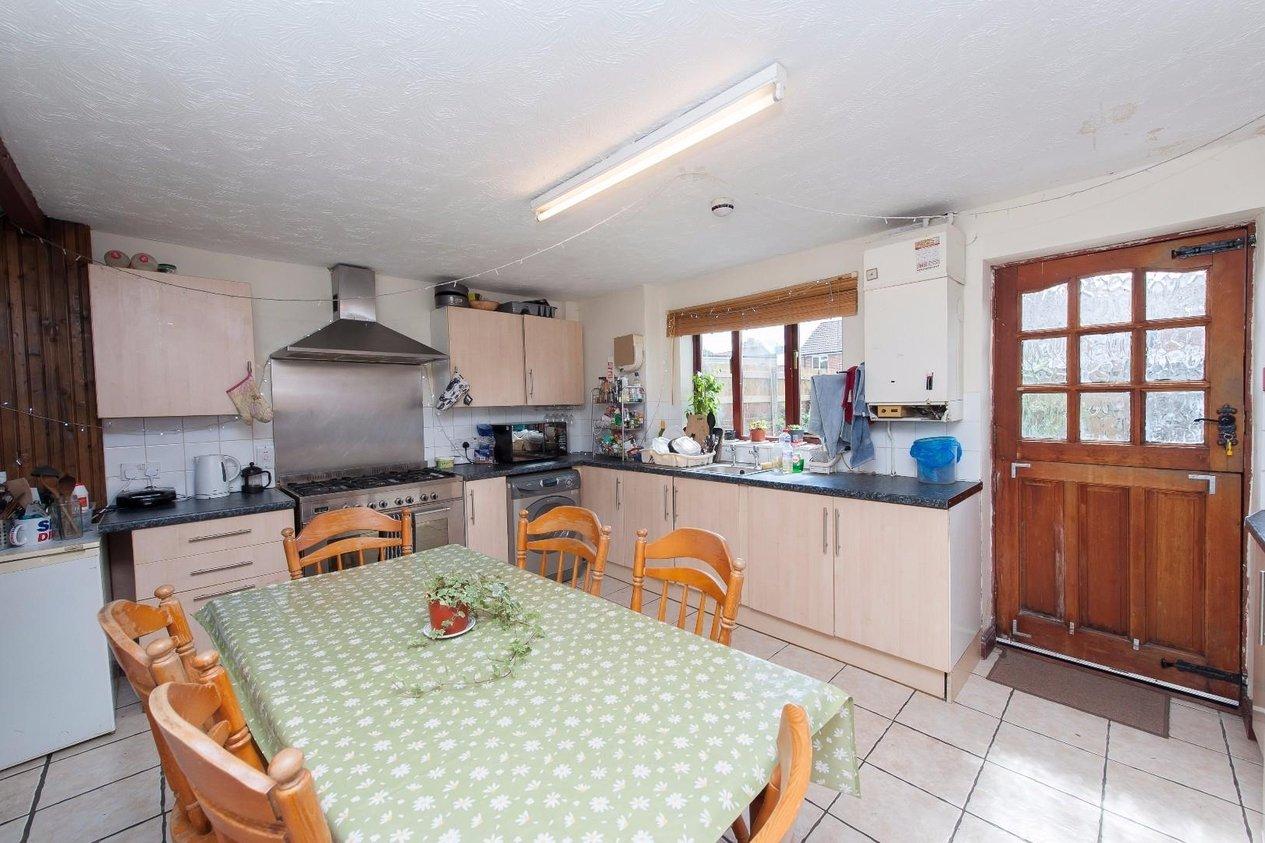 Properties For Sale in New Ruttington Lane
